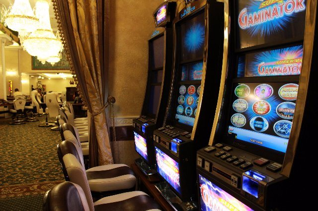 Уникальные элементы в казино Три Топора