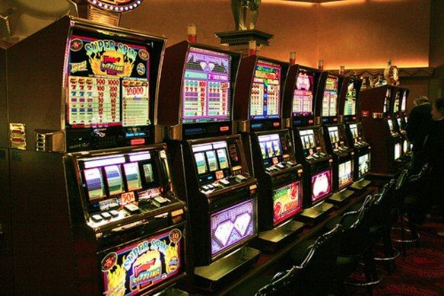 Как проходит игровой процесс в онлайн казино Вулкан Россия