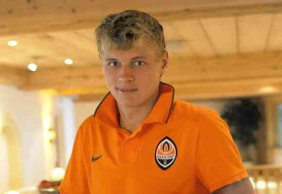 Роман Емельянов