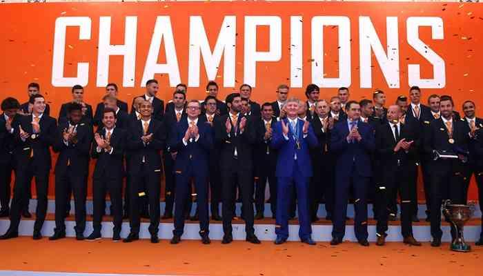 Шахтер получил золотые медали чемпиона Украины