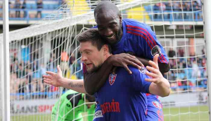 Селезнев забил пятый гол заКарабюкспор