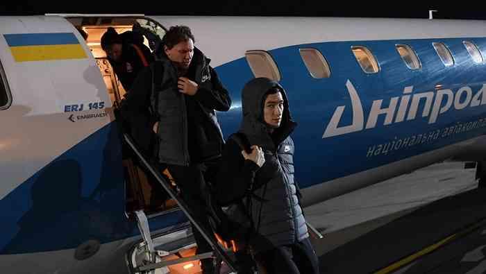 Шахтер вернулся в Украину со сборов в ОАЭ